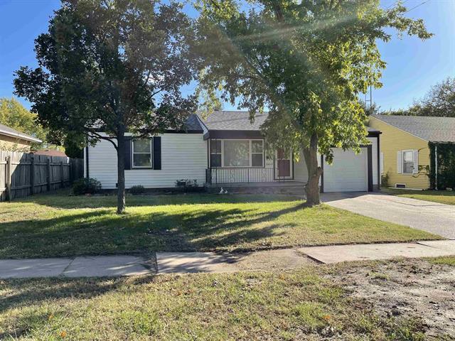 For Sale: 3615 E Countryside Plz, Wichita KS