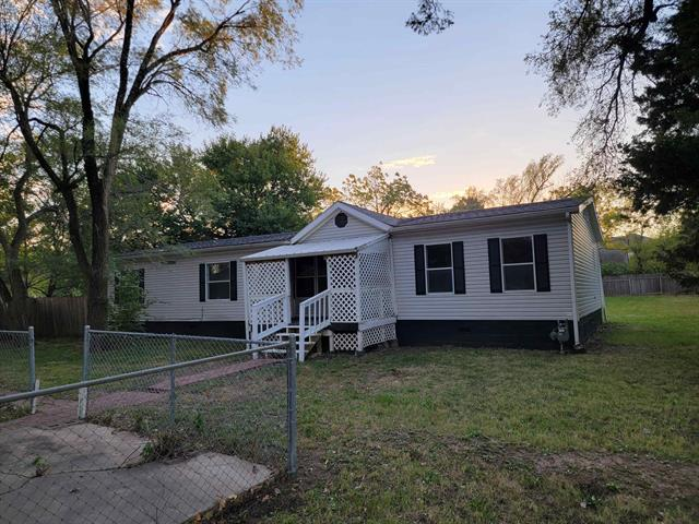 For Sale: 217 W May St, Andover KS