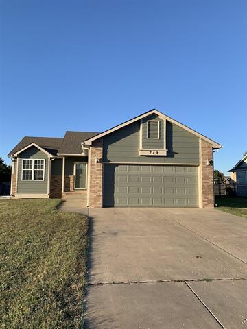 For Sale: 712 E Greenwood Ct, Haysville KS