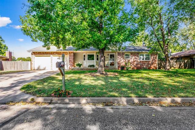 For Sale: 1539  Melrose Ln, Wichita KS