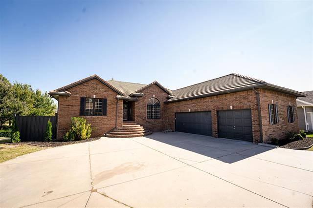 For Sale: 8426 E Oxford Cir, Wichita KS