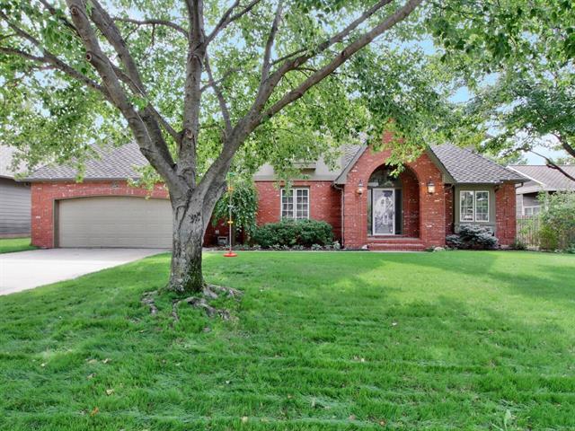 For Sale: 12107 W Briarwood Cir, Wichita KS