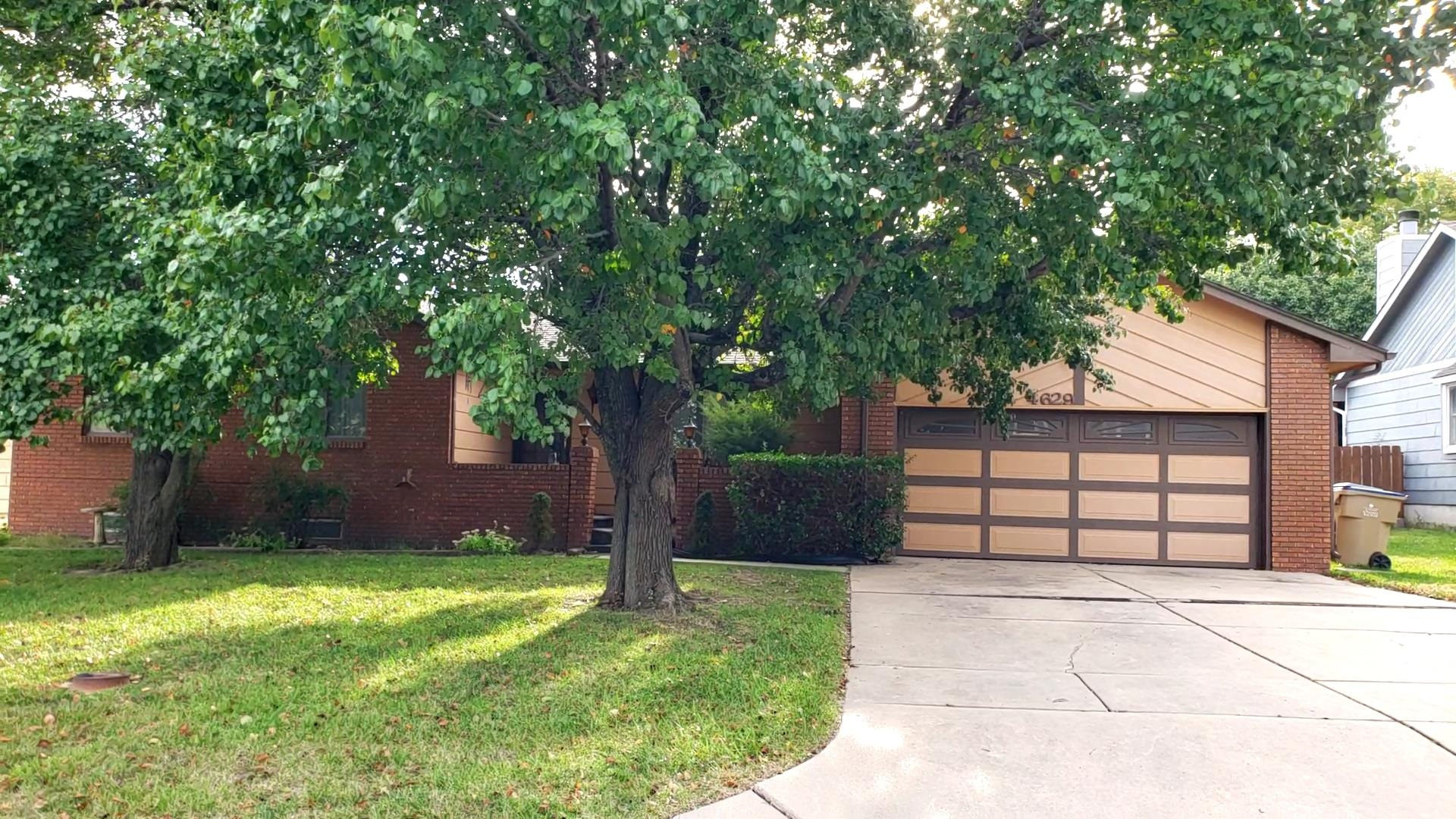 Ready to make money? This Bel Aire Heights ranch home is ready for someone to make their own!  This