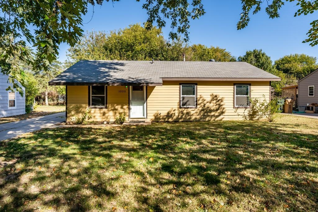 COMPLETELY MOVE IN READY! 3 Bedroom Ranch located in Park City with 2-car oversized detached garage.