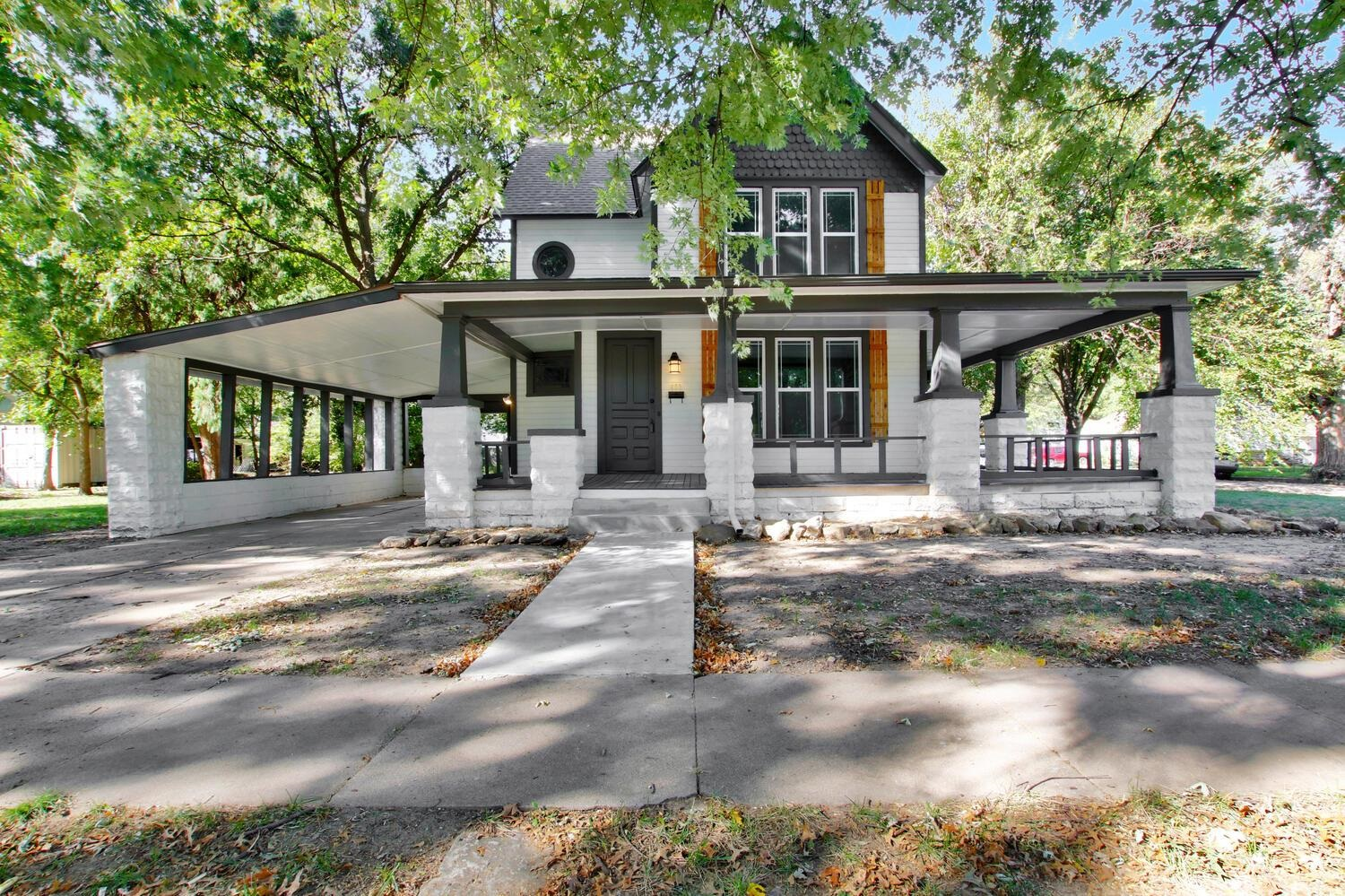 Completely remodeled 3 bedroom home in one of Wichitas best kept secrets - East Front! The gorgeous
