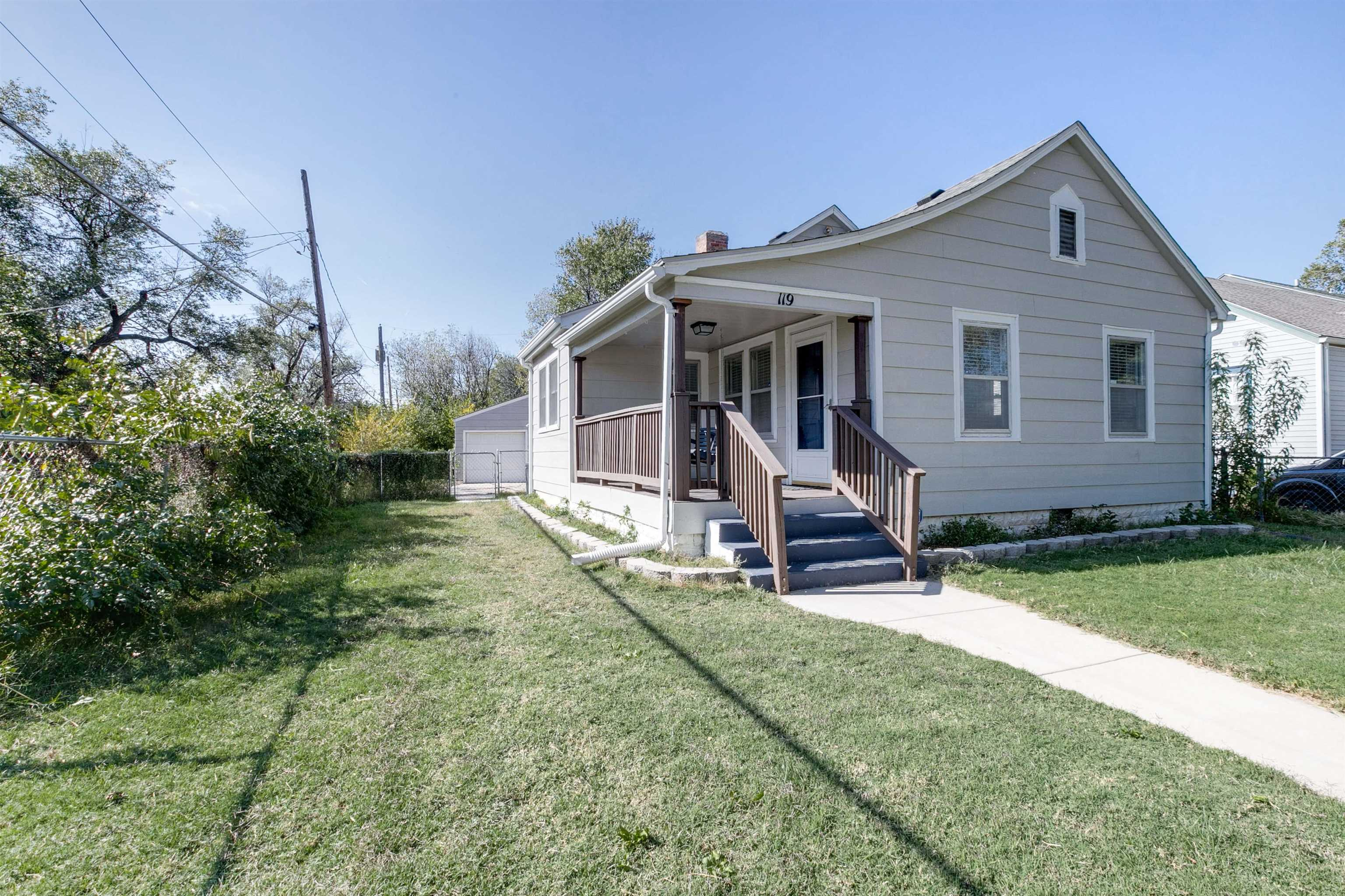 What a rare find!  This adorable bungalow has been immaculately maintained and is move in ready.  Co