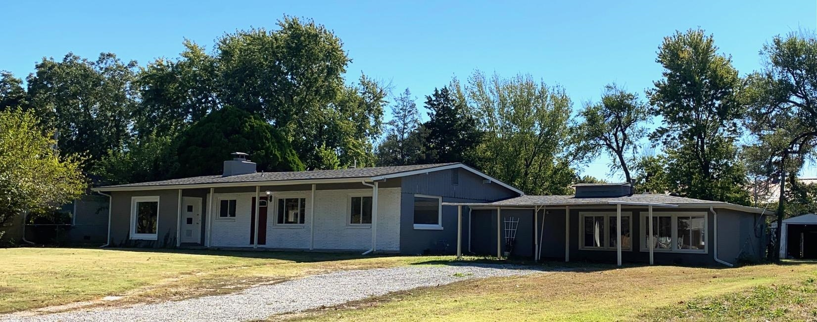 LOTS of space! 1/2 acre lot and good sized rooms. Open kitchen and beautiful hearthroom - great for