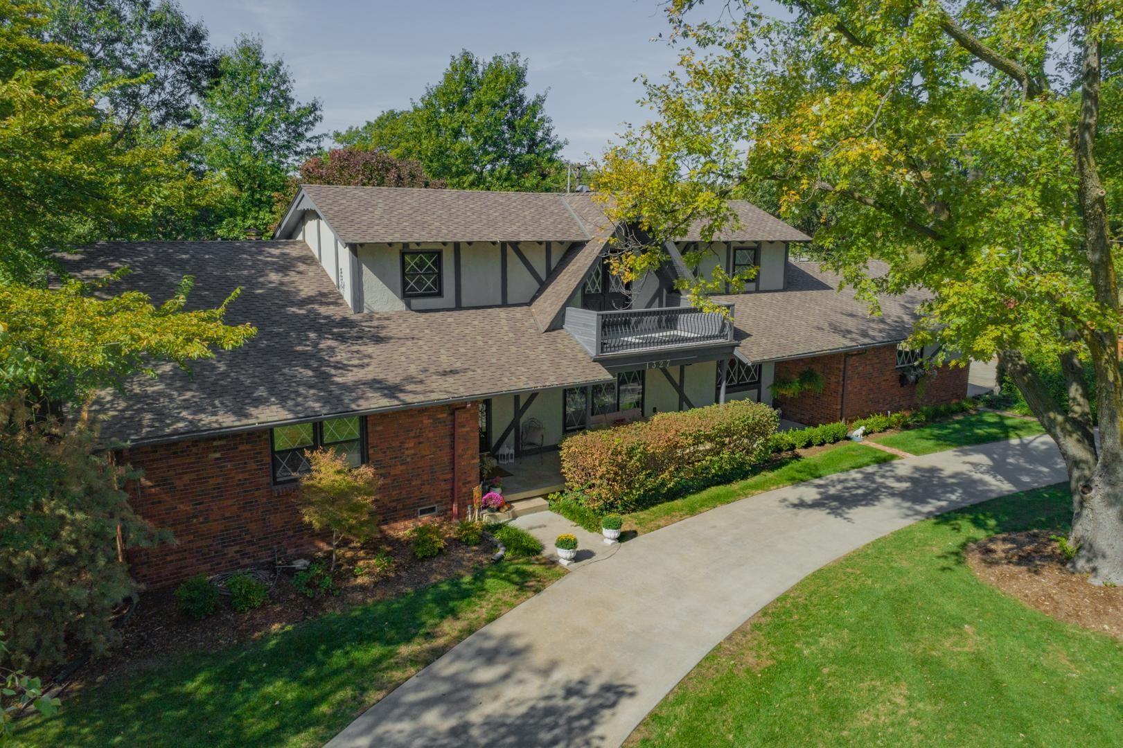 Prepare to fall in love! This home is a dream - meticulously maintained, high end finishes, a saltwa