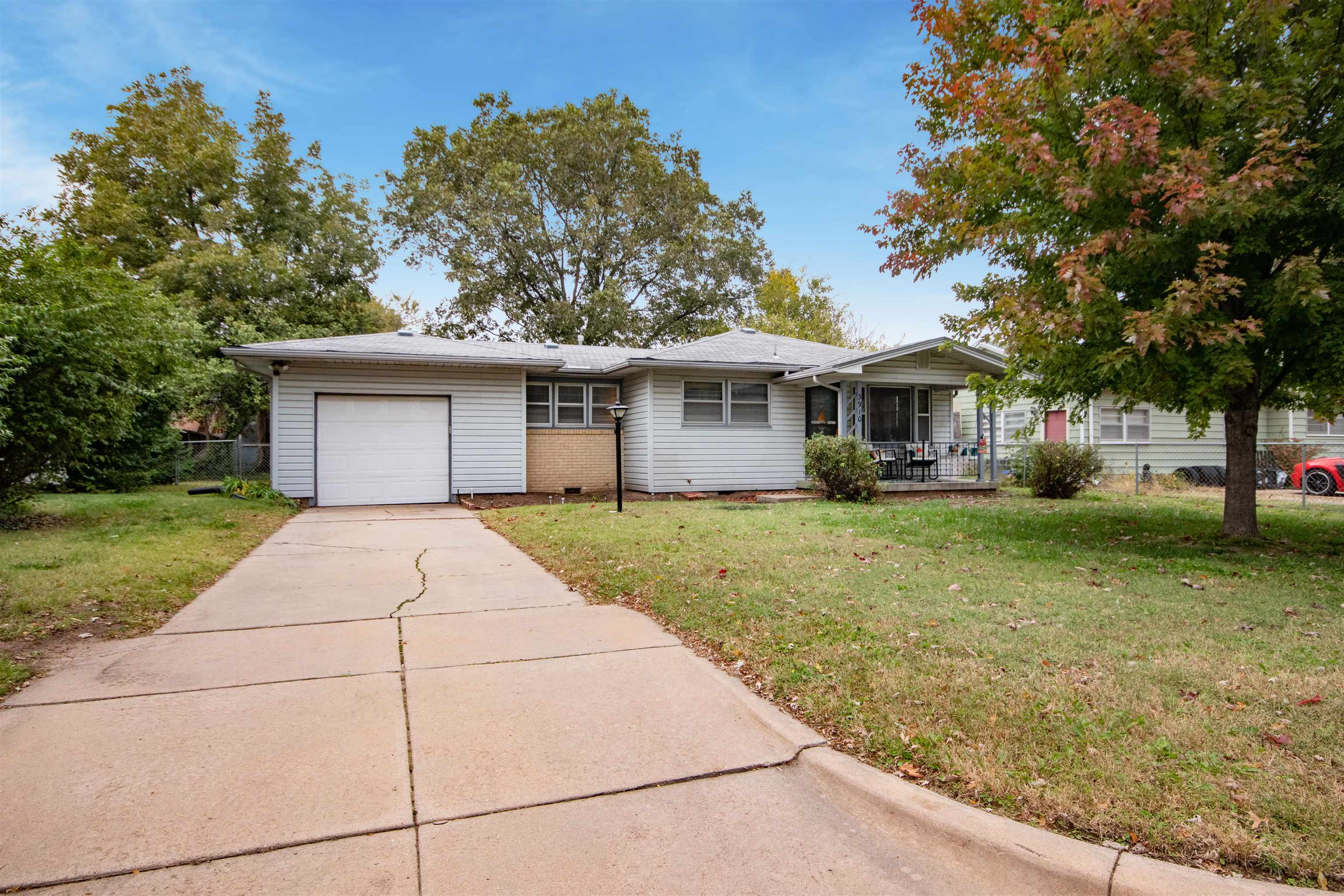 This wonderful home is perfectly placed in northwest Wichita close to the river, shopping and entert