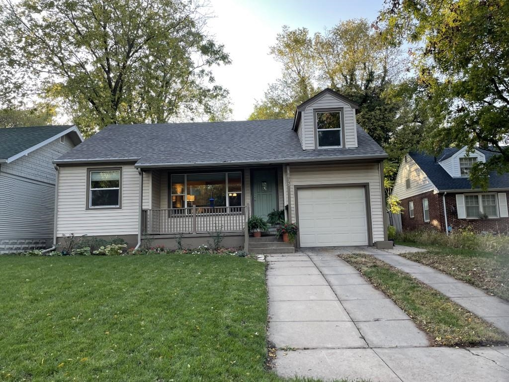 Feast your eyes on this Riverside Charmer!  Check out this 4 bedroom 2 bathroom, story and a half, i