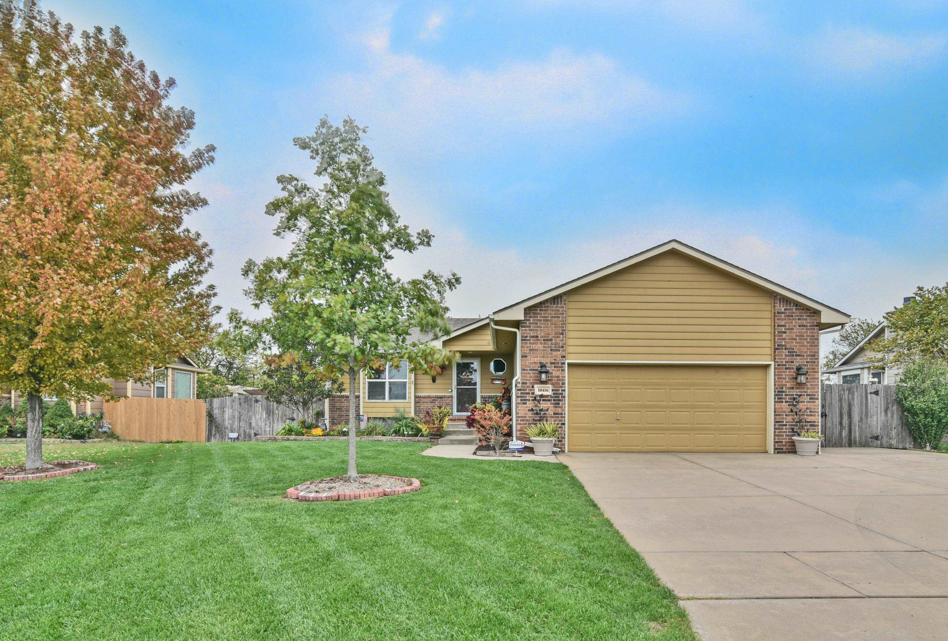 This is finally the home you have been dreaming of with 3 bedrooms, 3 baths, walk out basement, ingr
