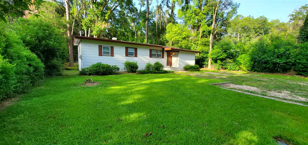 Investor Special. This 4bed/ 2bath home is located minutes from FSU and TCC. Currently being rented at $1480 with a lease renewal in August at $1510. Call for appointment, need to give tenants 24 hour notice.