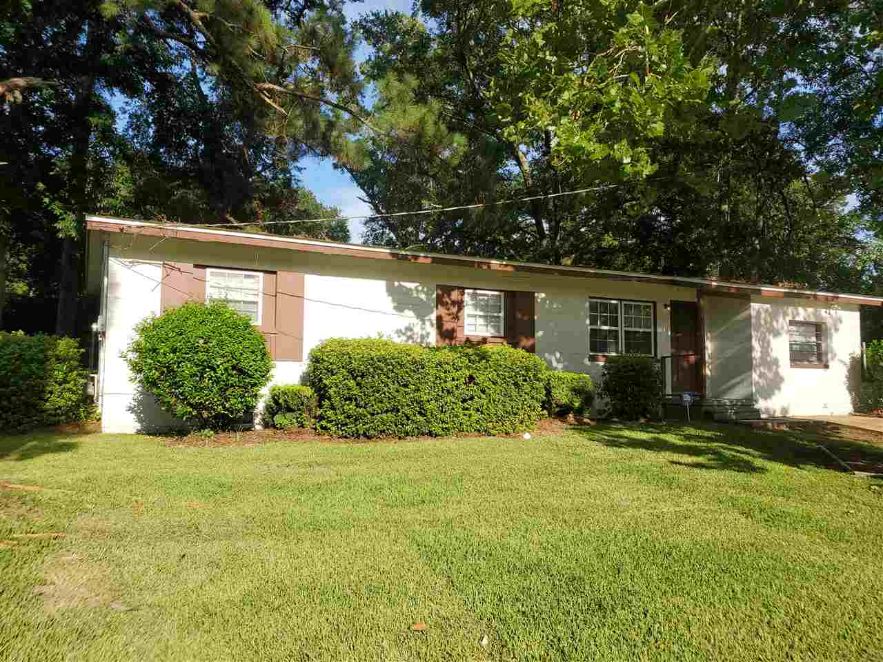 3/1 Home with  BONUS ROOM for study or just more living space Hardwood Floors,  W/D, Dishwasher, Fenced Yard with Large Deck. Currently rented for $1,135 . Lease expires 7/37/2021  Minutes From FSU FAMU and TCC. Potential to be Easily renovated to a 4/2.