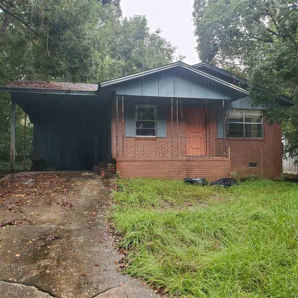 Great investment. Brick home close to colleges.  Home needs work and seller will not make any repairs. CASH ONLY. ALL UTILITIES ARE OFF AND WILL NOT BE TURNED ON FOR INSPECTIONS. All measurements are appox.