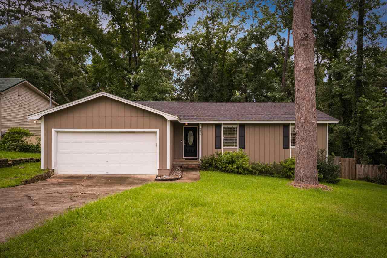 Motivated Seller!!!Bring all offers.... This well kept home offers a 2018 roof, updated appliances, updated kitchen cabinets and countertops. This home is located off of Capital NE in the highly desired Eastgate Neighborhood. You do not want to miss the opportunity to own this beautiful home.
