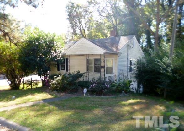 Wondrous 828 Ridgeway Avenue Durham Nc 27701 Us Raleigh Home For Download Free Architecture Designs Terchretrmadebymaigaardcom