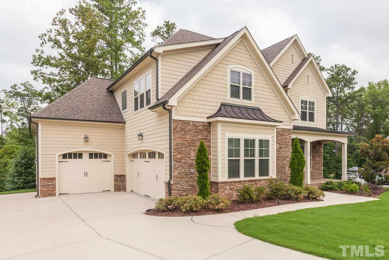 Image of an amazing residential house in 12 Oaks, Holly Springs, NC