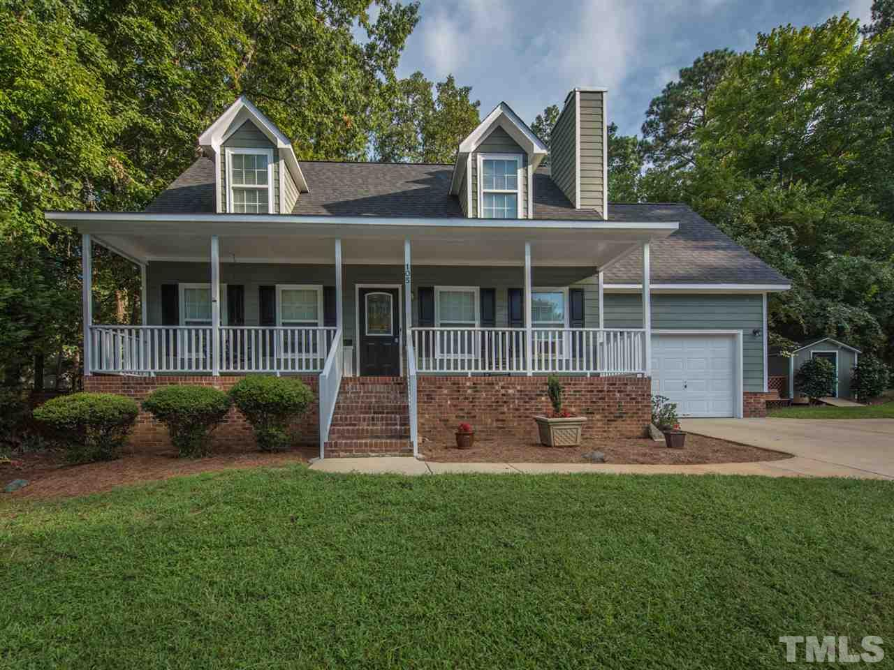 105 HOLLOWED COURT, HOLLY SPRINGS, NC 27540