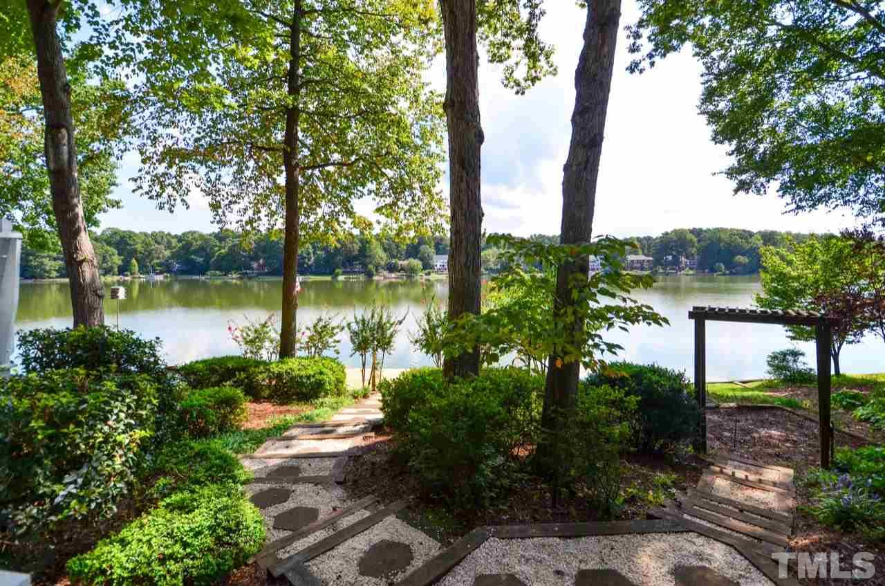 209 LOCHVIEW DRIVE, CARY, NC 27518  Photo
