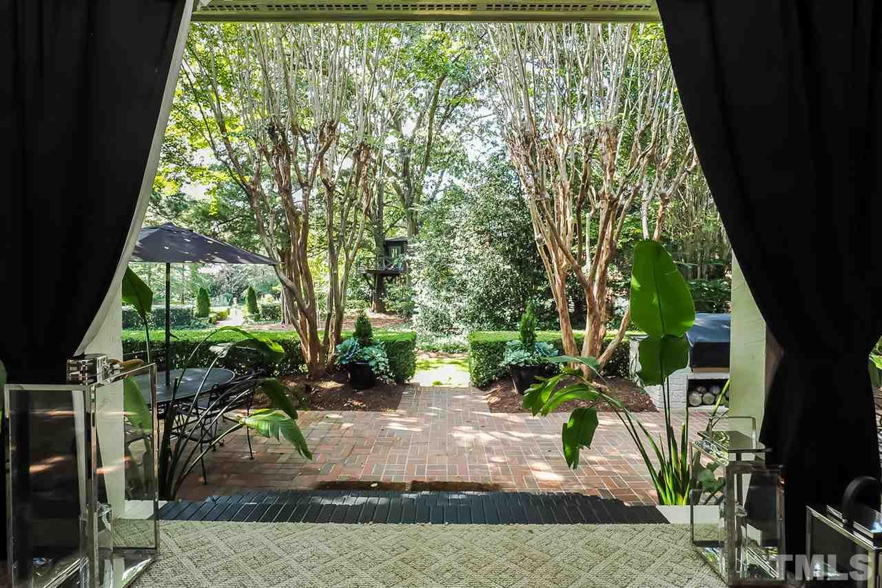 1613 OBERLIN ROAD, RALEIGH, NC 27608  Photo