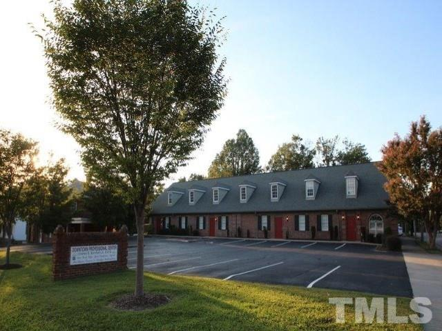 Property for sale at 900 S Garnett Street, Henderson,  North Carolina 27536