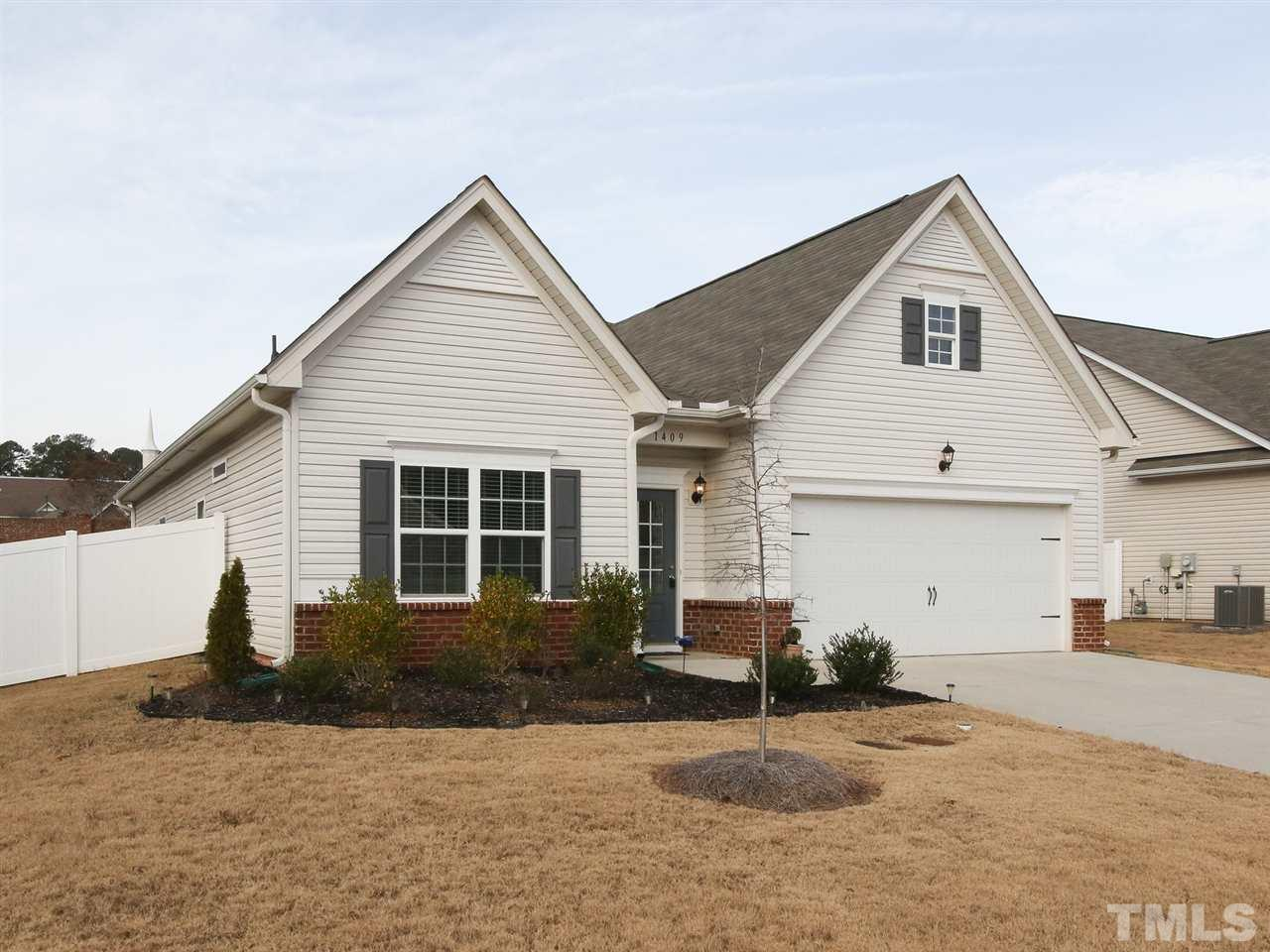 1409 Abercorn Lane Chapel Hill Home Listings - RE/MAX Winning Edge North Carolina Real Estate