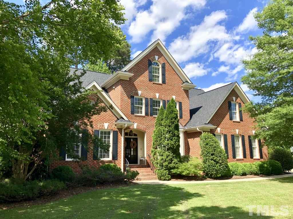 PRESTON Golf Course All Brick Executive Home on #7 Highlands! No architectural detail was spared, double door entry, open archways, extensive trim, gleaming hardwoods on all 3 stories. Fresh paint. Lux 1st fl MSTR. Office. 2nd flr Bonus w/sep stairs & finished 3rd flr! 2styFR w/a wall of windows overlooking the golf course. Fresh sleek KIT w/granite & ss appls. Enormous stone patio made for entertaining. Golf course view with gas grill, fireplace and private hot tub. Top Schools! Convenient to everything!