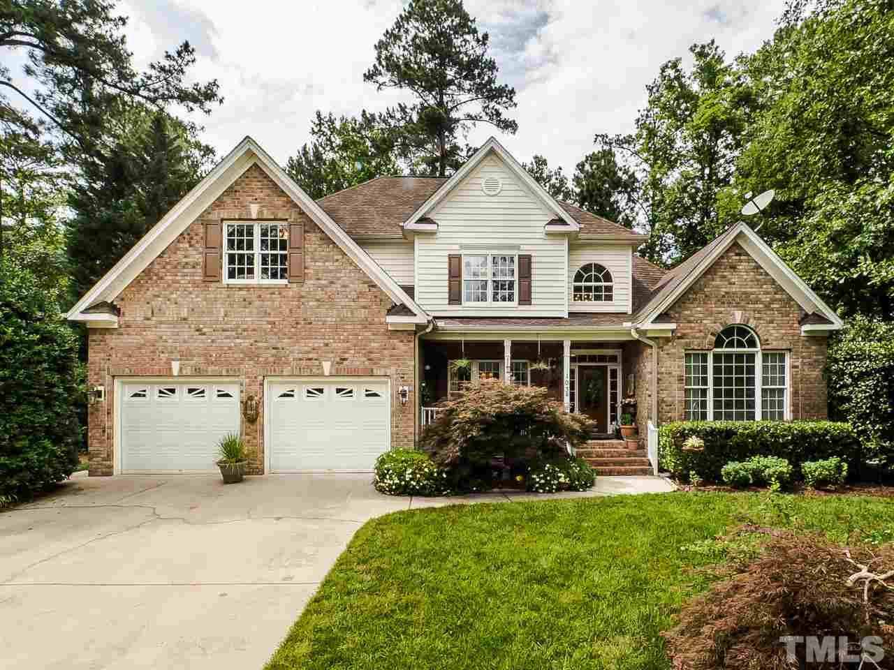 Property for sale at 103 Silverado Trail, Cary,  North Carolina 27519