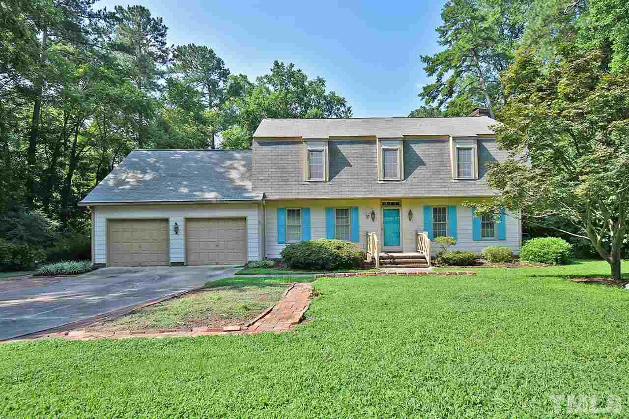 This awesome home is being sold AS IS- 4 BR/2.5BA/2502sfw/ScreenPorch, oversize 2-car Garage.