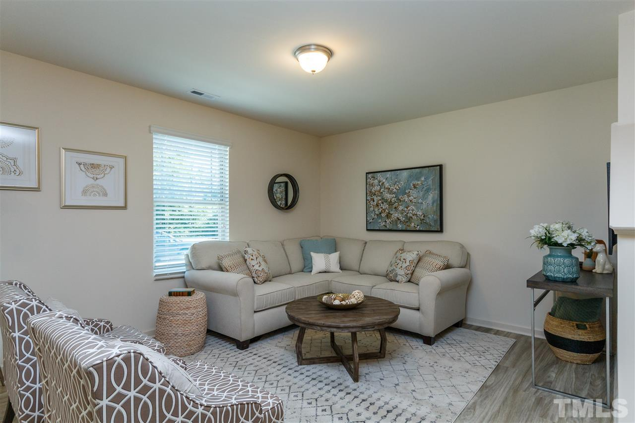 Model home images for representation purposes only. Fits/finish and layout varies by community.