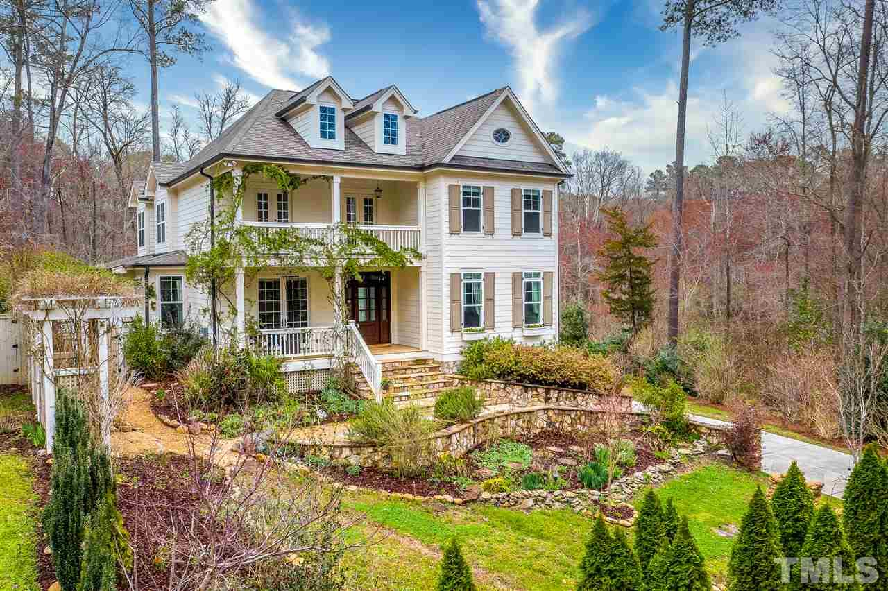 4 bedroom, 4 full bathroom home: custom built in 2014. Over 4,000 sqft plus 3 breath taking covered porches &  3 garages. Hope Valley neighborhood offers shopping, resturants, & schools within a few miles. Sellers original owners & designed special specs.