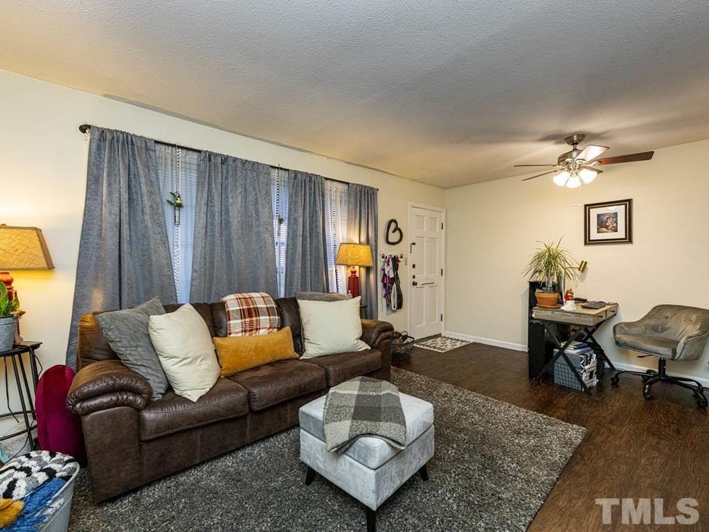 807 W Trinity Avenue 157