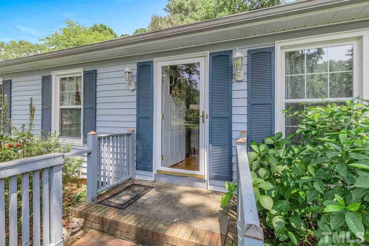 407 S Montreal Court, Cary, NC 27511