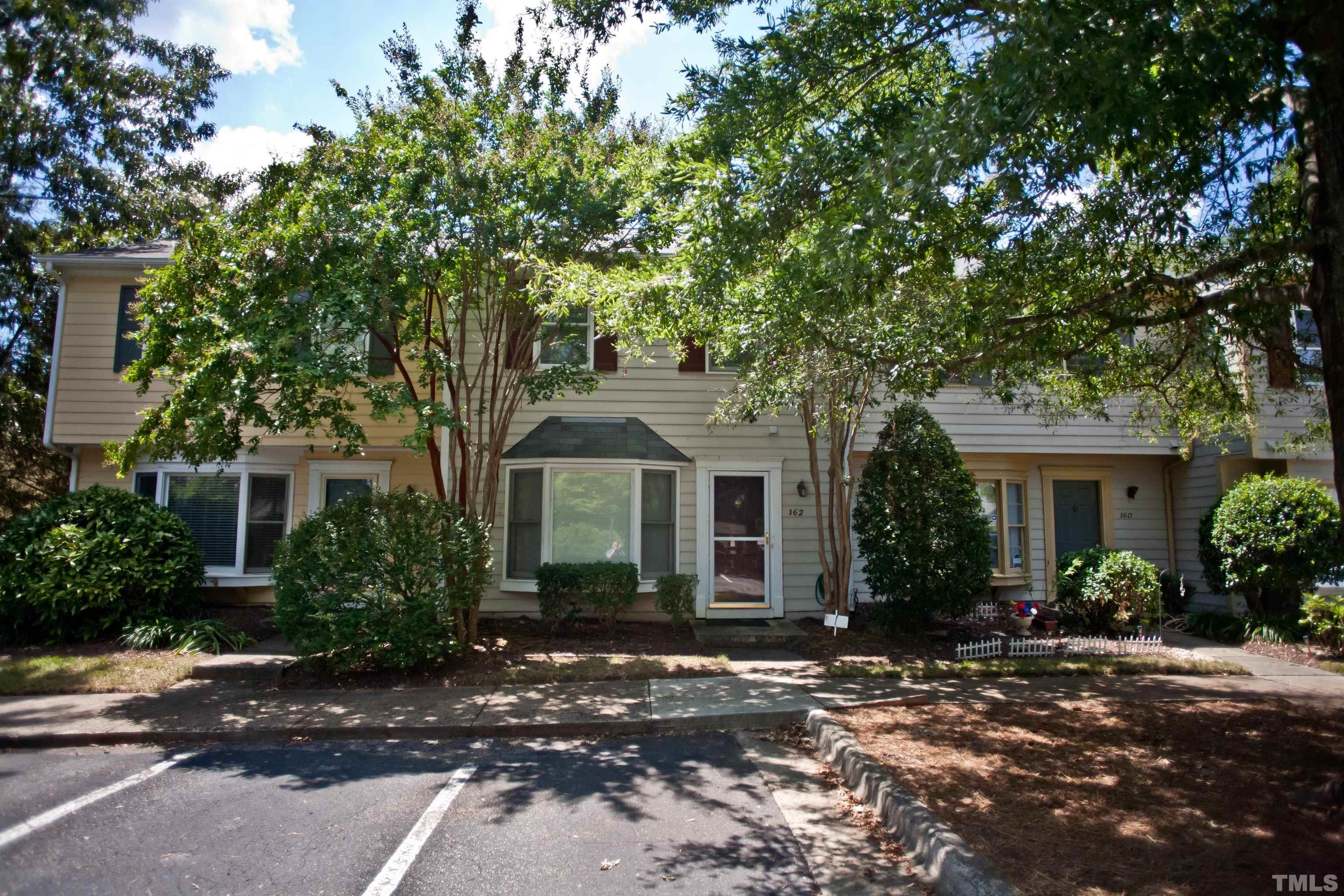 162 Saint Andrews Lane, Chapel Hill, NC 27517