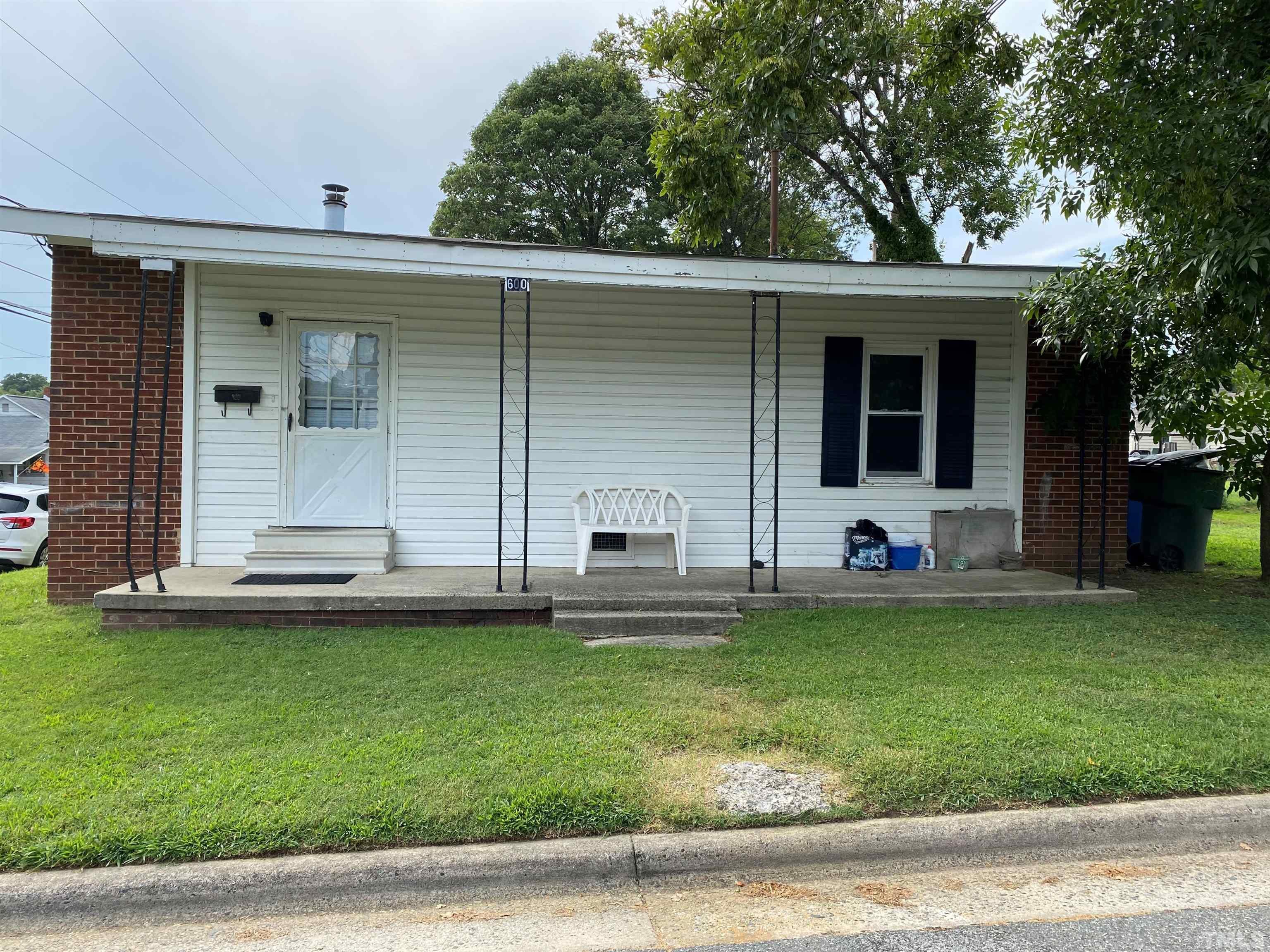 600 Seymour Street, Graham, NC 27253