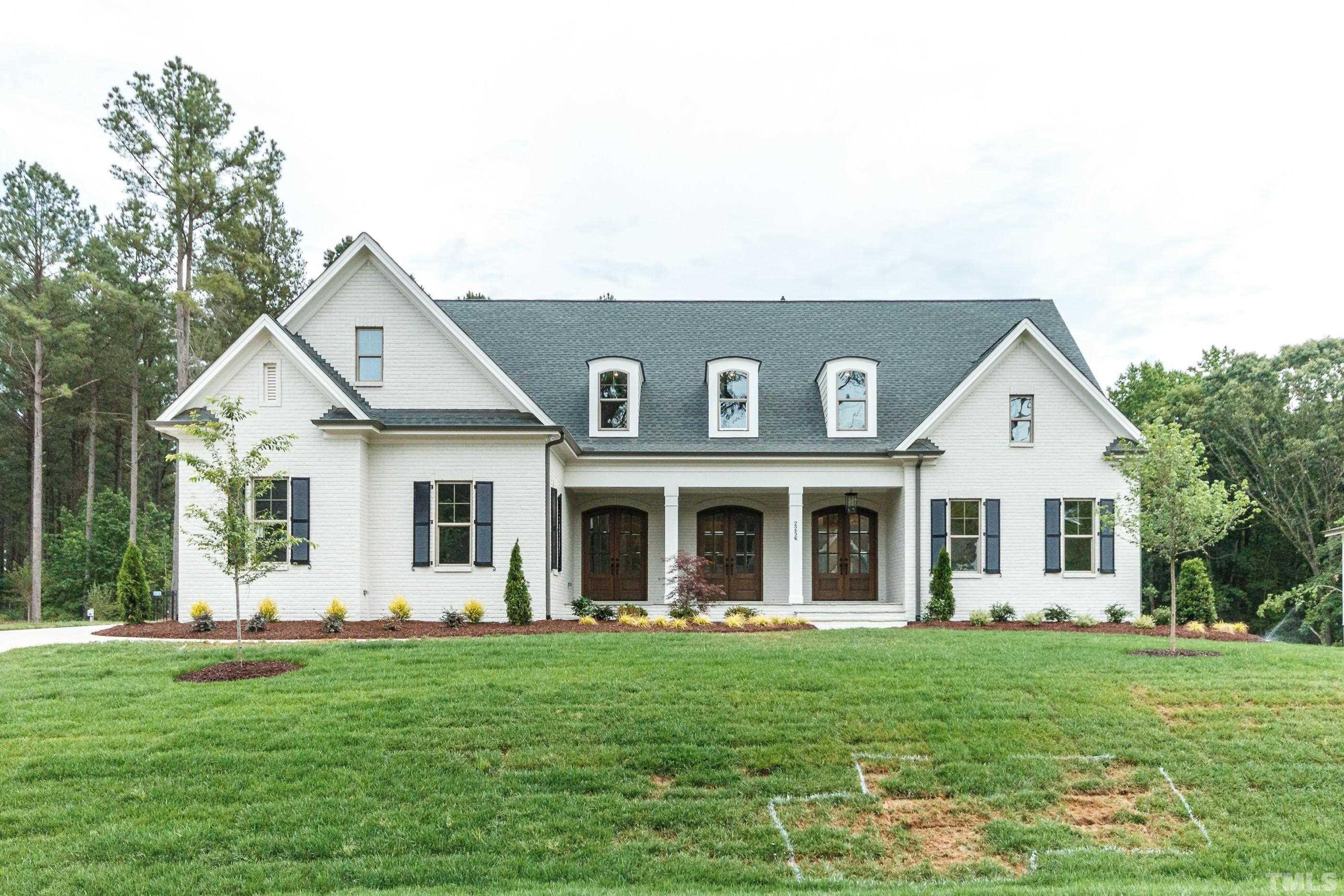 Photos of a similar home